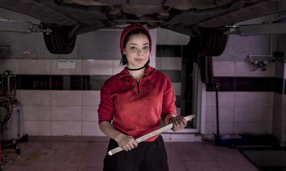 17 yaşındaki Melike tamirci çırağı oldu: Amacım kendi atölyemi açmak