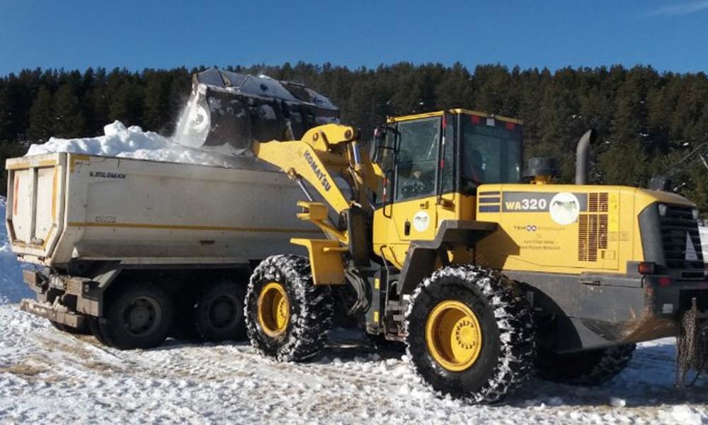 Kars'ta Sarıkamış'ı anacak kar yok! Kamyonlarla taşındı