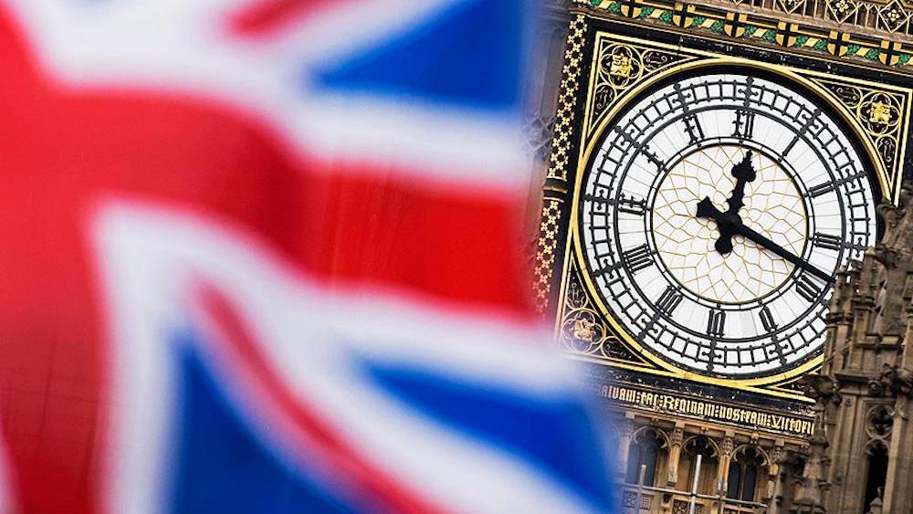 İngiltere erken seçim için sandık başında: Partilerin seçmenlere vaatleri neler?