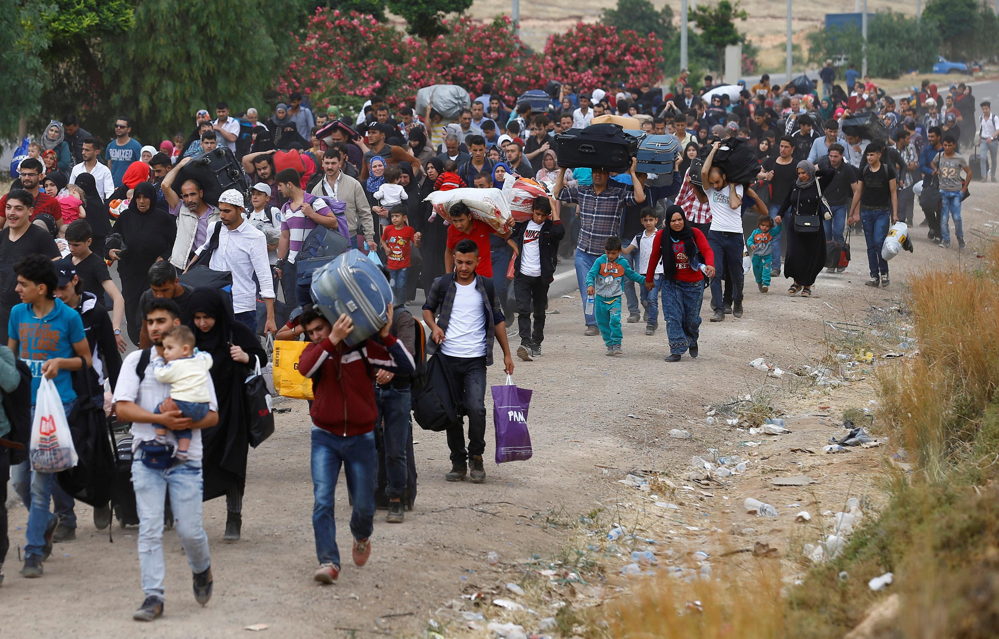 Danimarka Suriyeli sığınmacıların oturma izinlerini yenilemedi