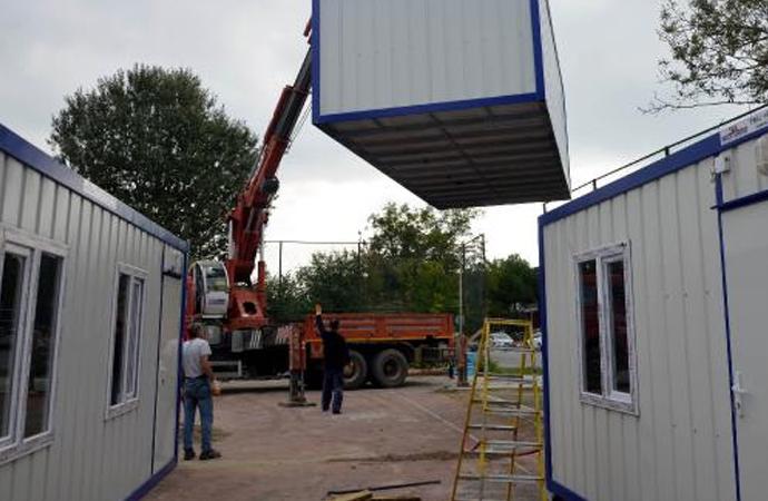 Cerrahpaşa Veteriner Fakültesi Hayvan Hastanesi konteynerde hizmete açıldı