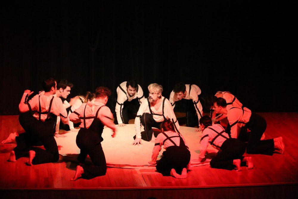 'Woyzeck Açısı' adlı tiyatro oyunu Kartal'da sahnelendi