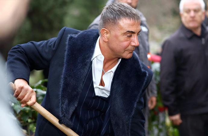 Çete lideri Sedat Peker Türkiye'den kaçtı