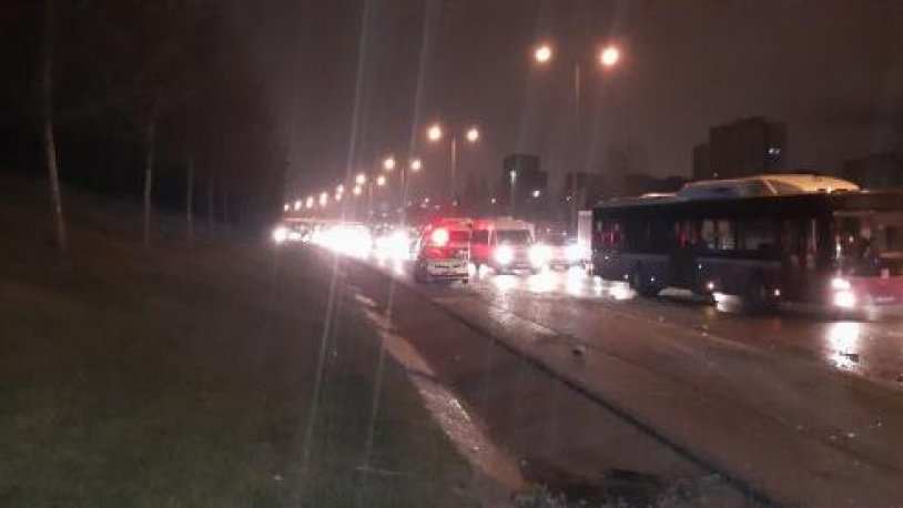 TEM Otoyolu'nda kaza: Trafik kilit