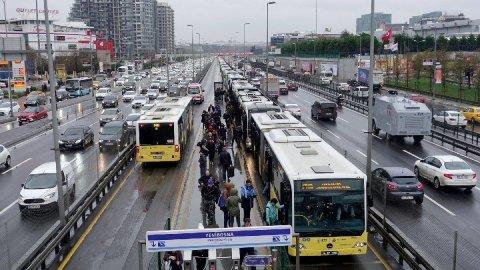 İstanbul'da ulaşım zammı başladı