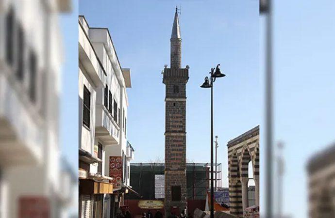 Yolsuzluk 'Dört Ayaklı Minare' boyu