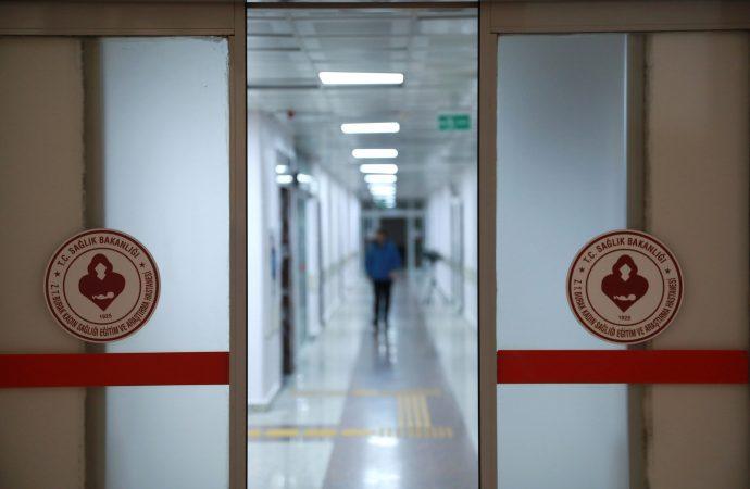 Bilim Kurulu üyesinden açıklamalar: Okullar ne zaman açılacak? Çin'den gelen ilaç işe yarıyor mu?