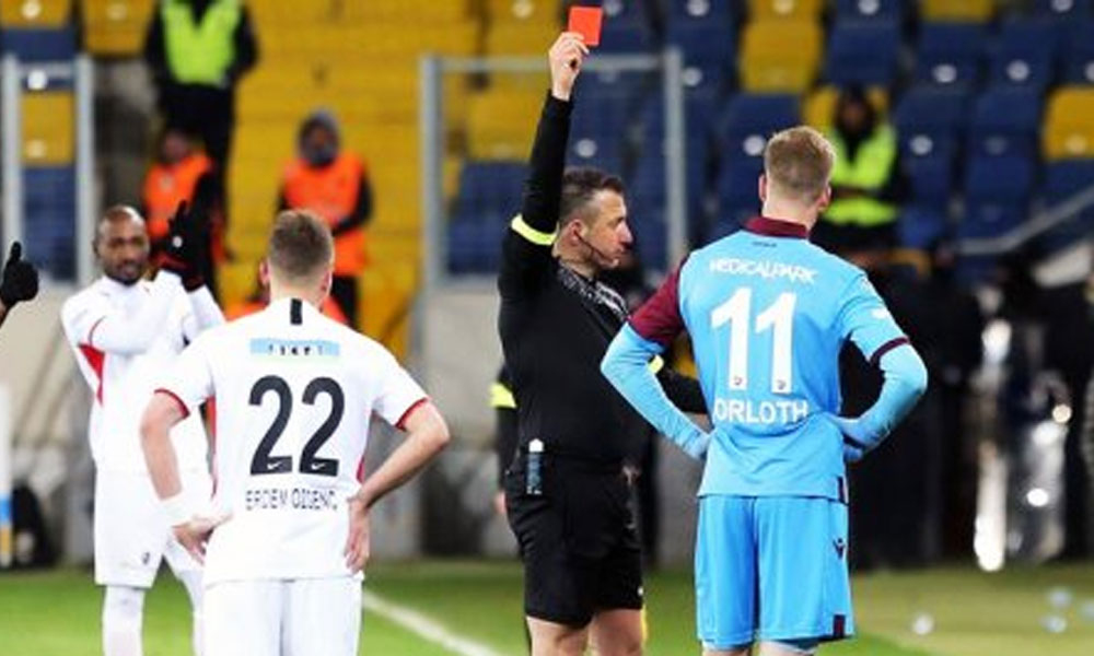 Tahkim Sörloth'un 2 maçlık cezasını 1 maça indirdi