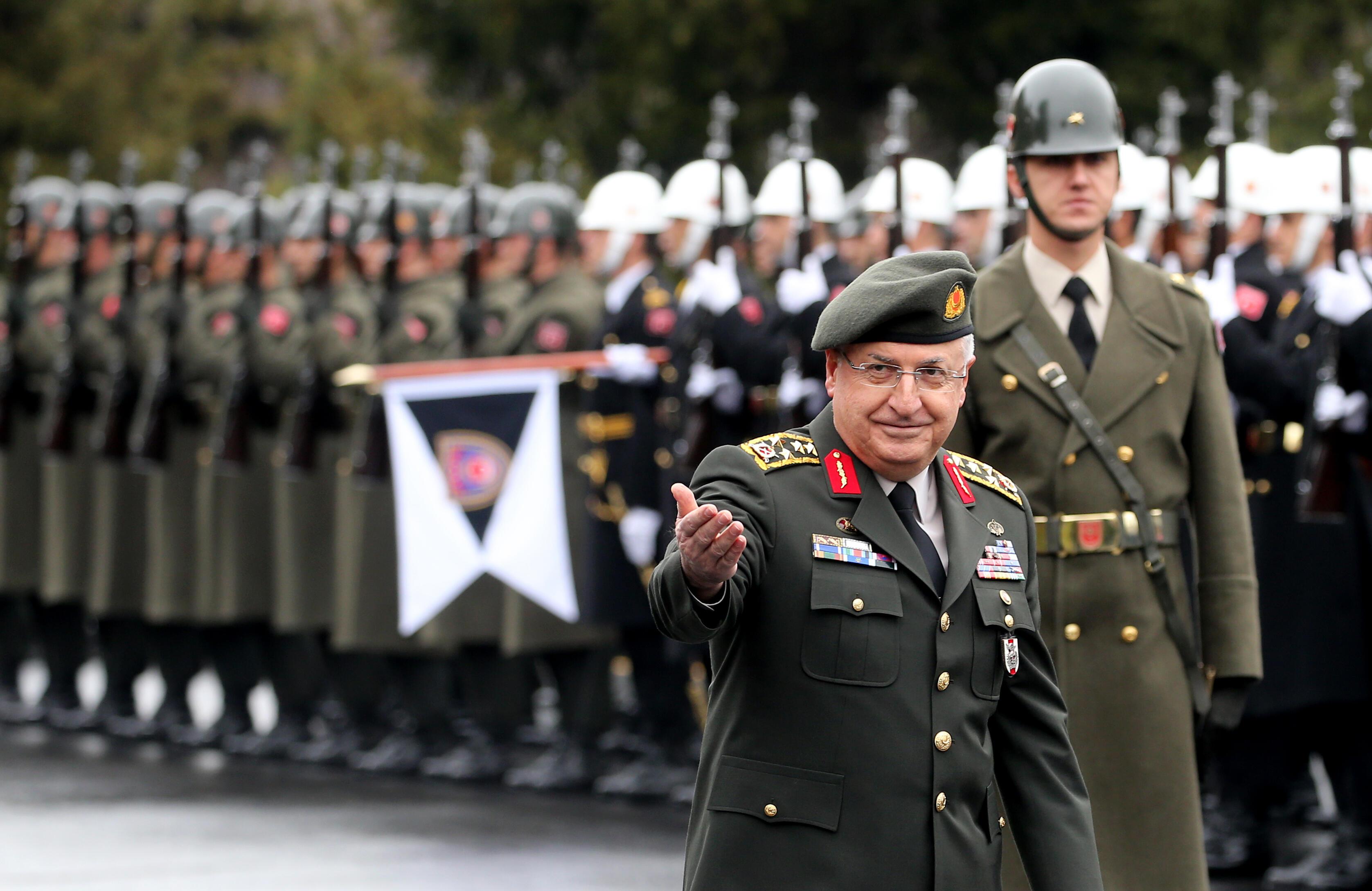 TSK'da değişiklik: İşte yeni dönemde kullanılacak üniformalar…