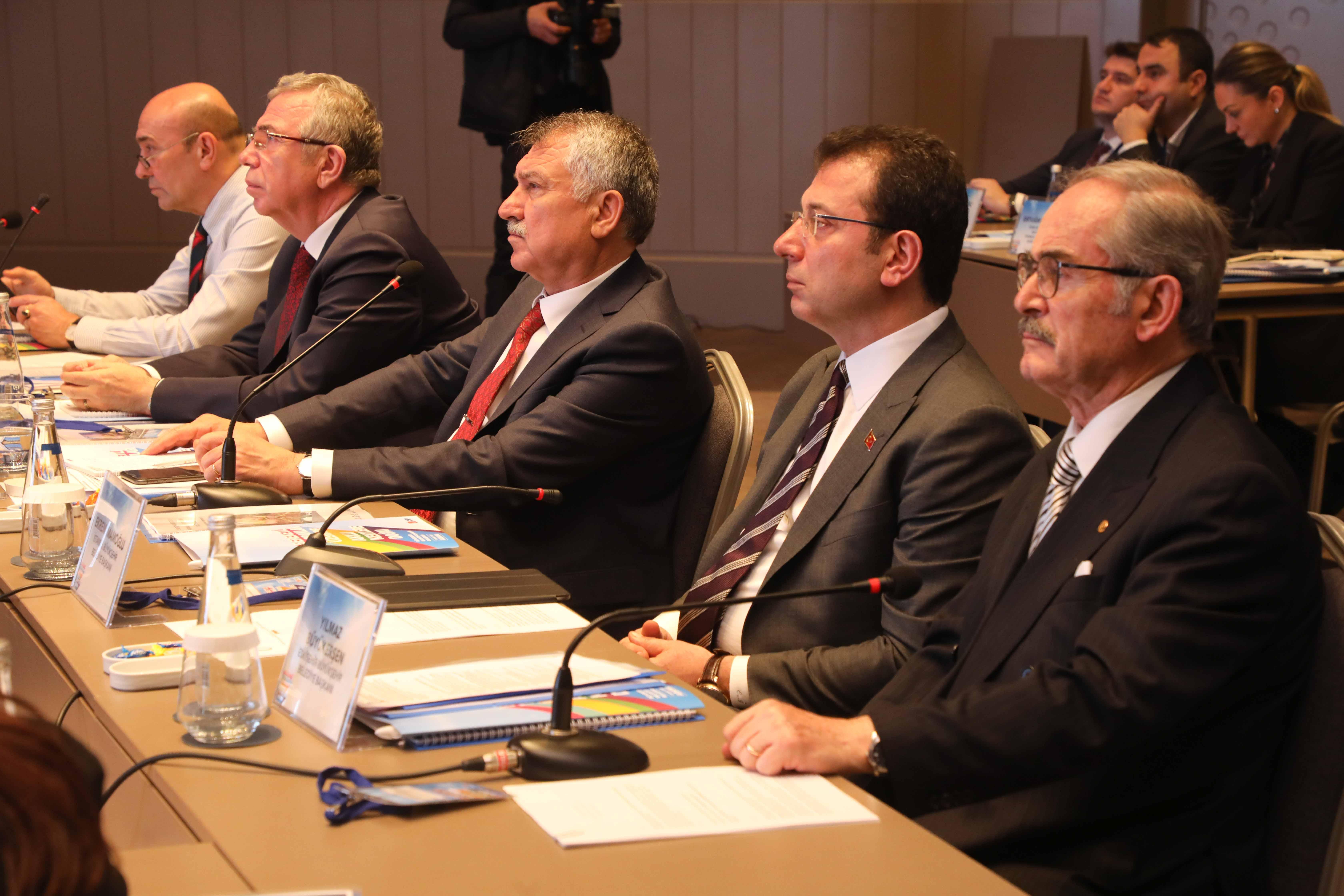 """CHP'li başkanlara bu kez """"Hazine"""" bariyeri"""