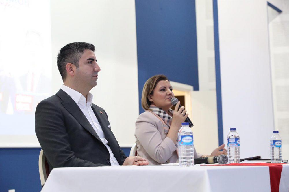 """Başkan Gökhan Yüksel, """"Başarmak Mümkün"""" konferansına konuşmacı olarak katıldı"""