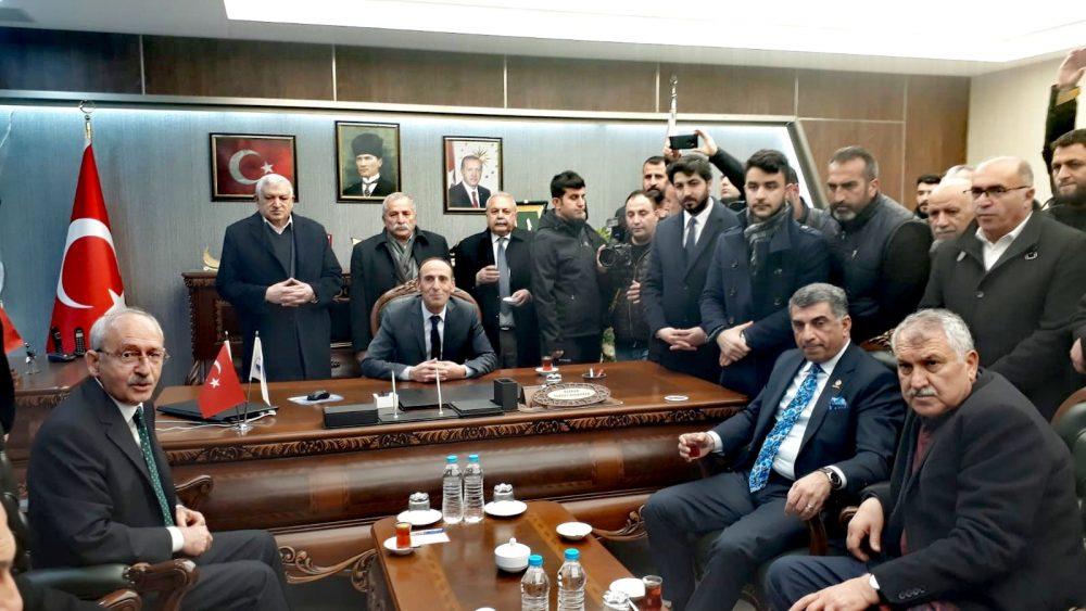 Zeydan Karalar Kemal Kılıçdaroğlu'yla birlikte Elazığ'da incelemelerde bulundu