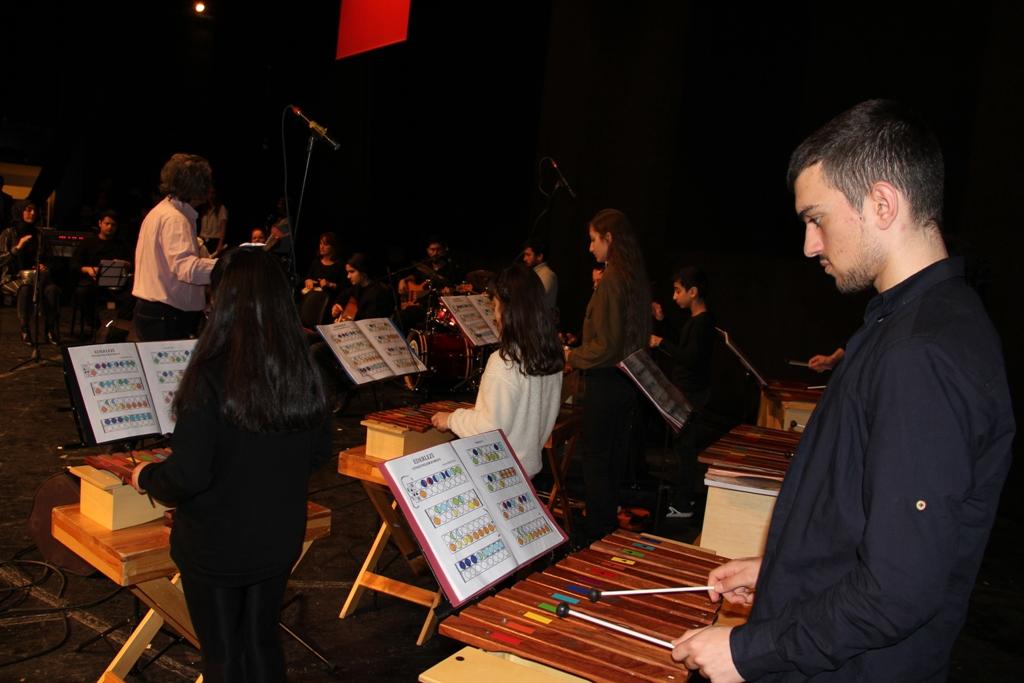 İşitme Engelliler Orkestrası yine büyüledi