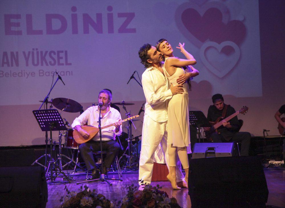 Kartal'da Sevgiler Günü birbirinden eğlenceli etkinlikler ile kutlandı
