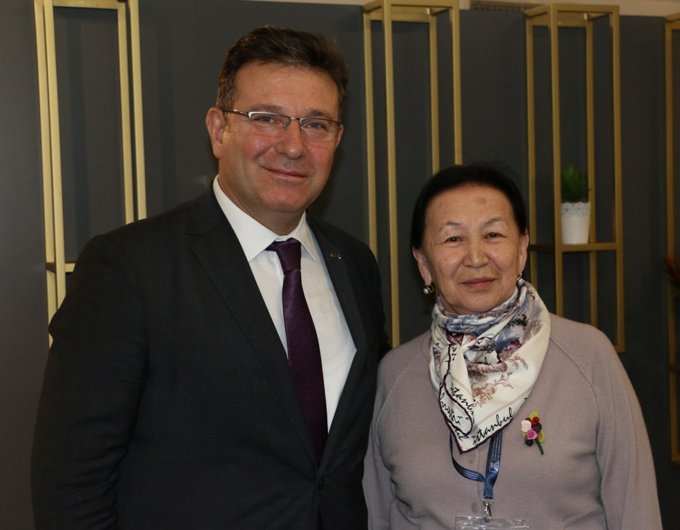 Kırgızistanlı kreş yöneticilerinden Kartal Belediyesi'ne ziyaret