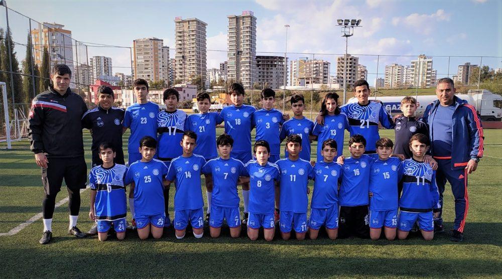 Seyhan Belediyespor'un U-13'leri Antalya'da turnuvaya katılacak