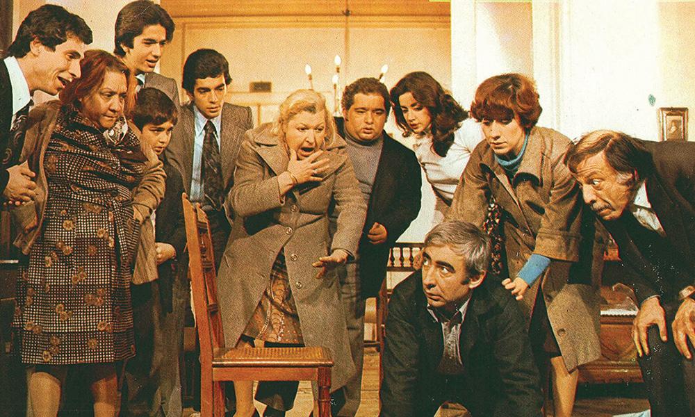 Show TV'den Yeşilçam'ın kült filmi Neşeli Günler'e iki skandal sansür!