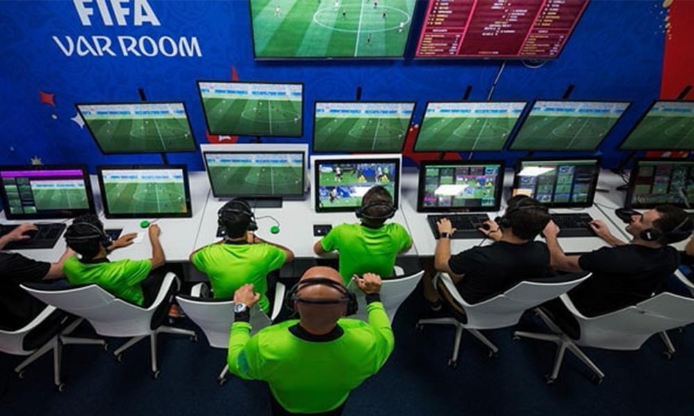 'VAR' sisteminde devrim yaratacak karar! Kulüplere yeni bir hak veriliyor…