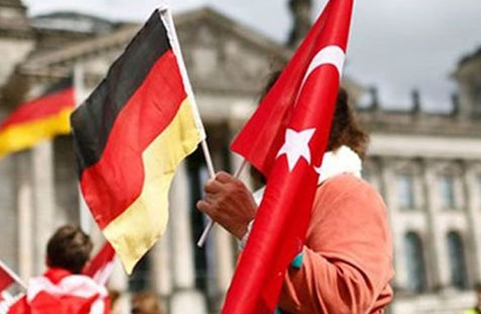 Almanya'ya göç eden gençler anlatıyor… 'İnsan kendini güvende hissediyor'