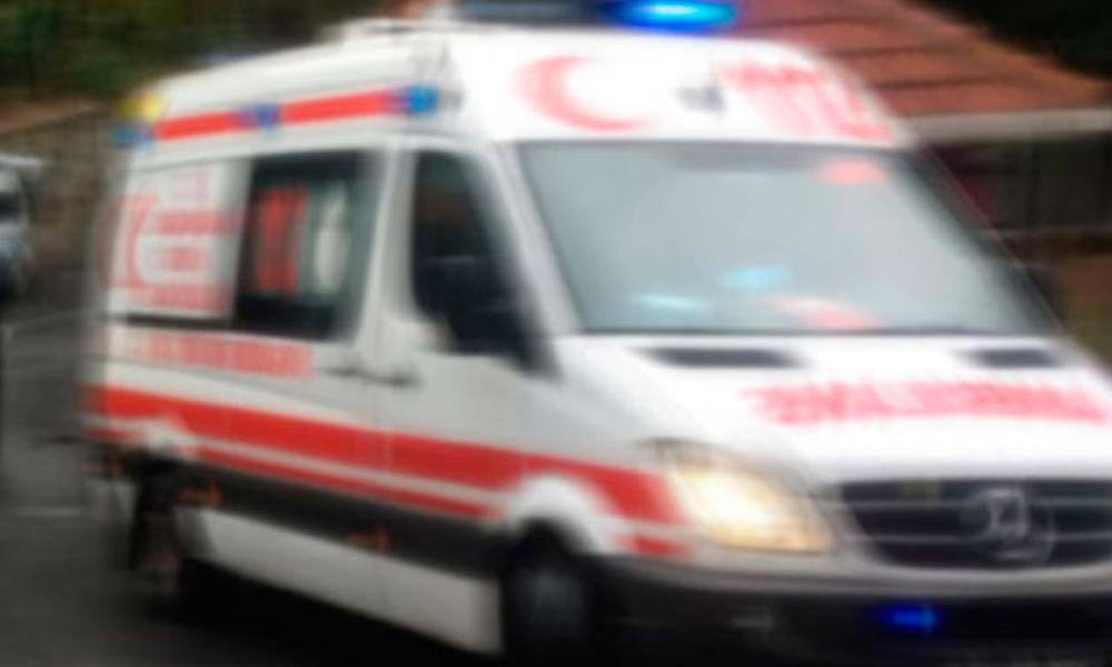 Ambulans kiralayıp yazlığa gittiler