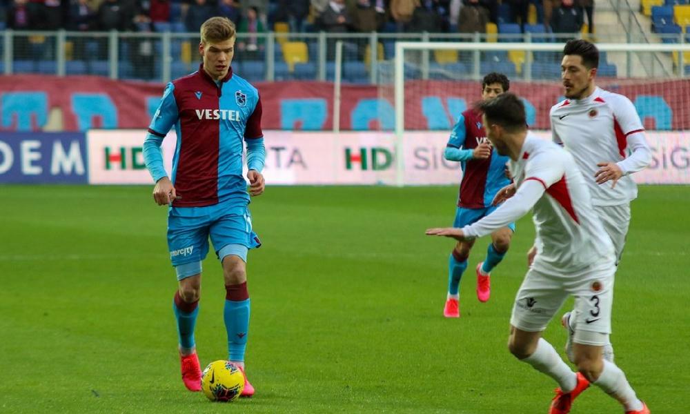 Trabzonspor seriye bağladı… Sörloth şoku!