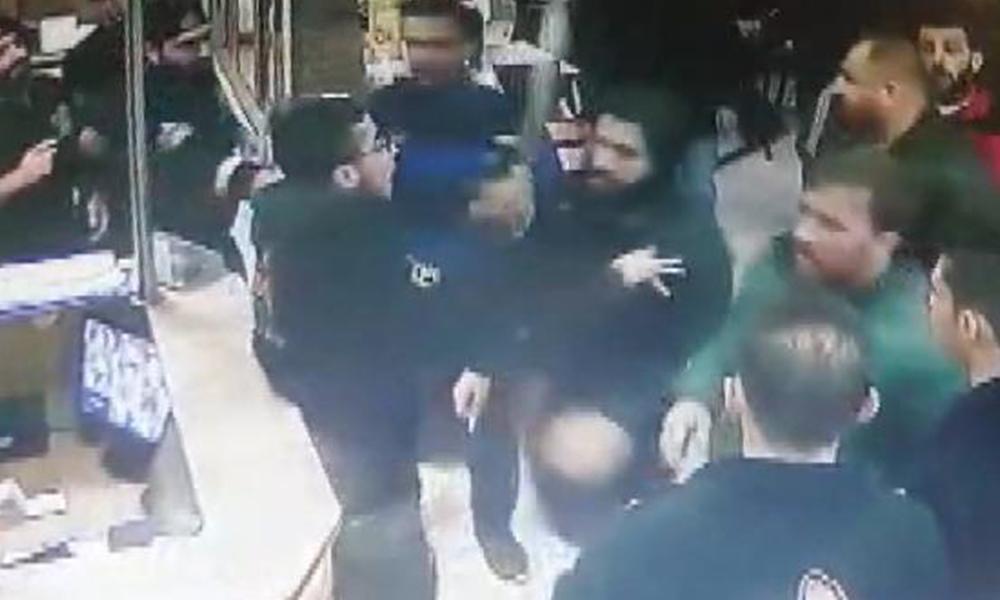 Restorana satırlı, bıçaklı saldırının görüntüleri ortaya çıktı