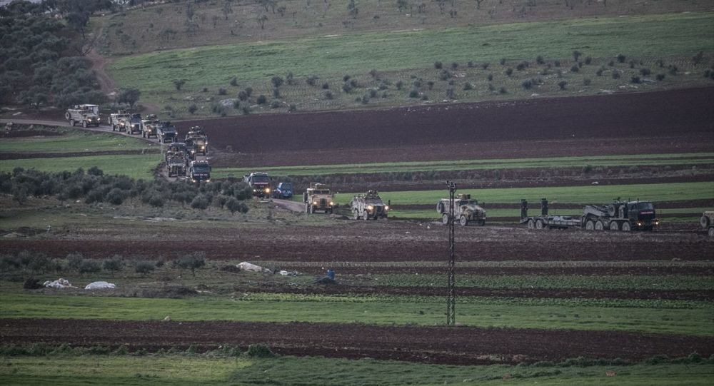 Suriye sınırına 200 araçlık askeri konvoy sevk edildi