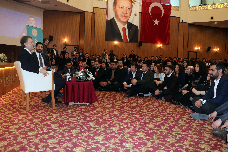 AKP Sözcüsü Çelik'ten 'Yerli otomobili alacak mısınız?' sorusuna yanıt: 'Tercih edecek olsam…'