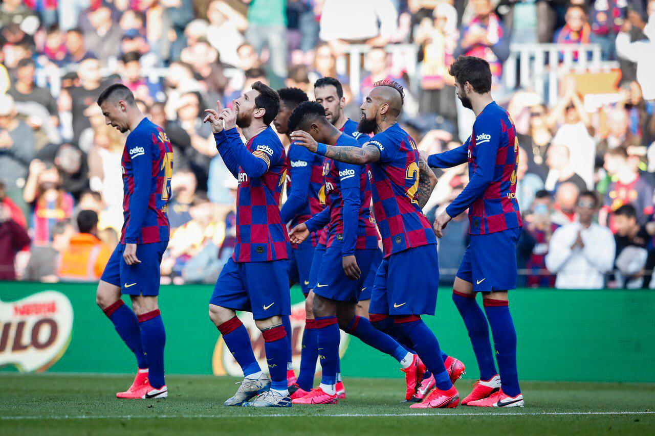 Messi'nin şov yaptığı maçta Barcelona'dan tarihi galibiyet!
