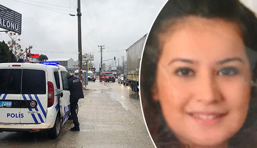 Boşanma aşamasında olduğu kadını öldürüp, taksiden attı