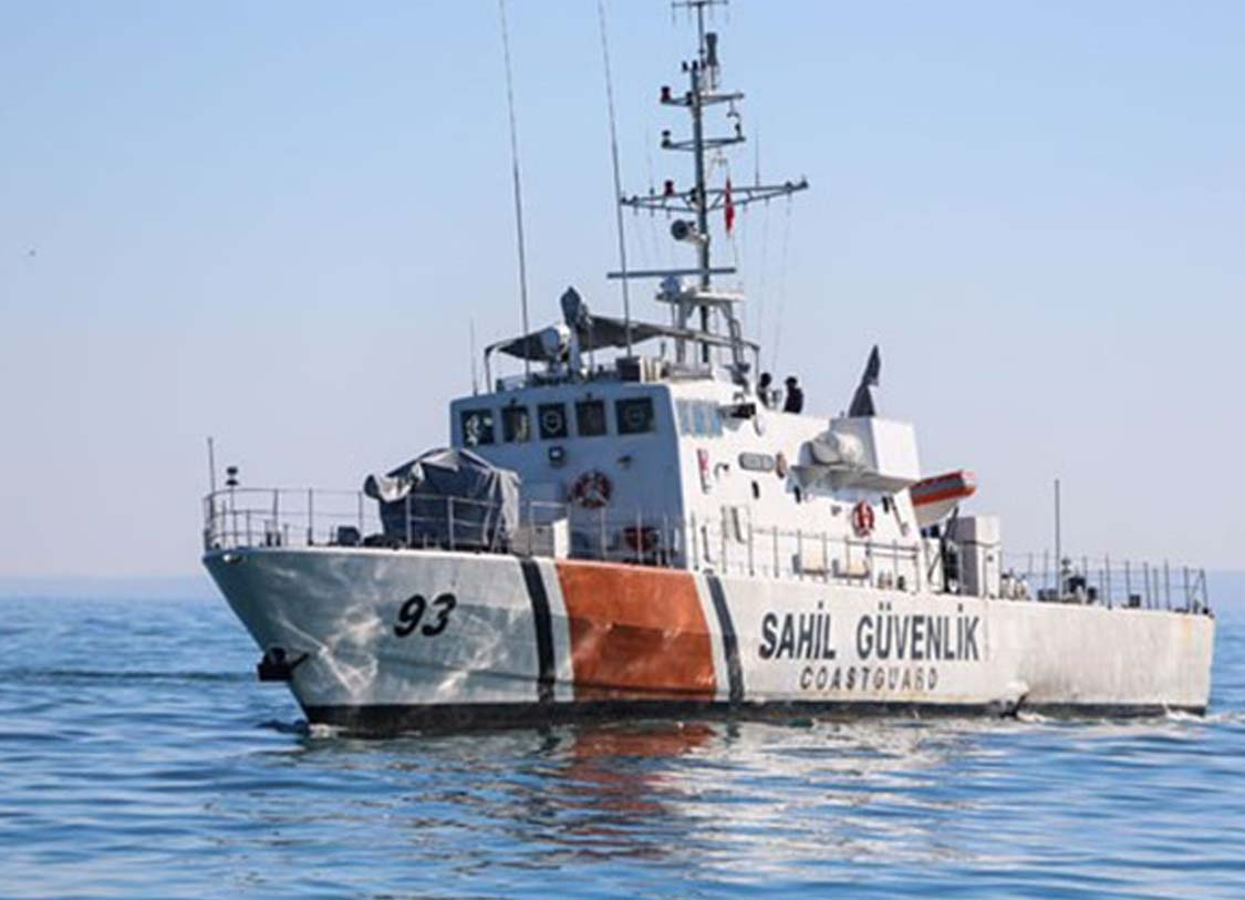Marmara Denizi'nde yat battı: İki kişi kurtarıldı