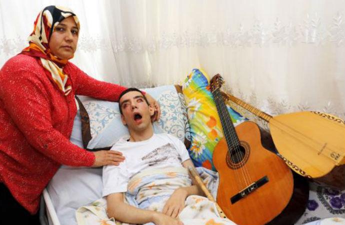 İTÜ'ye dereceyle giren 29 yaşındaki genci hastalığı yatağa mahkum etti