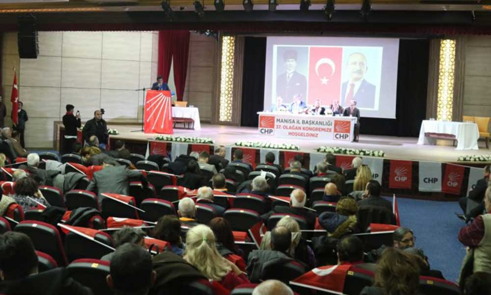 CHP kongresine damga vuran 'slogan' tweeti