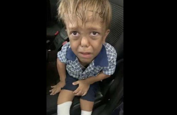 'Ölmek istiyorum' diye ağlayan cüce çocuğa ünlülerden destek
