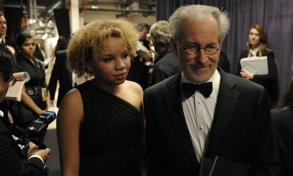 Steven Spielberg'ın kızı cinsel içerikli film yıldızı oldu