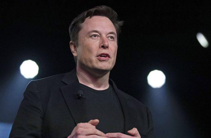 Elon Musk Mars'a insan göndereceği tarihi açıkladı