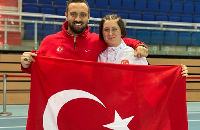 Özel sporcu Fatma Damla Altın, dünya şampiyonu oldu