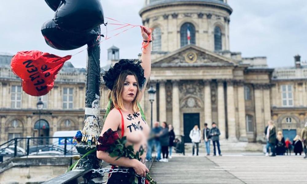 'Sevgilim ol, katilim değil' 12 Femen eylemcisi Sevgililer Günü'nde eylemde