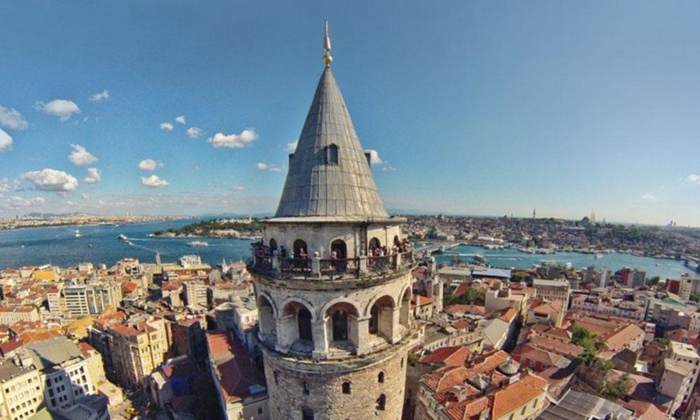 Galata Kulesini yapılan hiltili restorasyondan sonra otel lobisine çeviriyorlar!