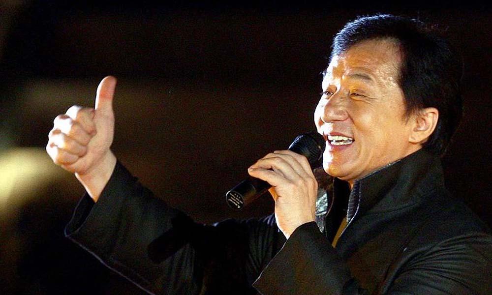Dünyaca tanınan oyuncu Jackie Chan koronavirüsten karantinaya alındı