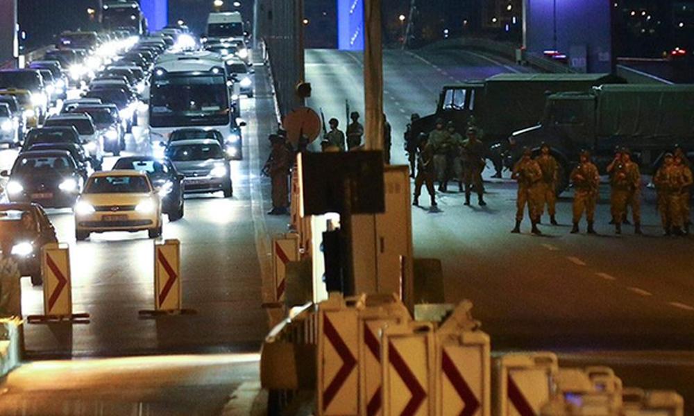 Yandaşların 'Ankara'da darbe var' seslerinin nedeni safları sıklaştırmak