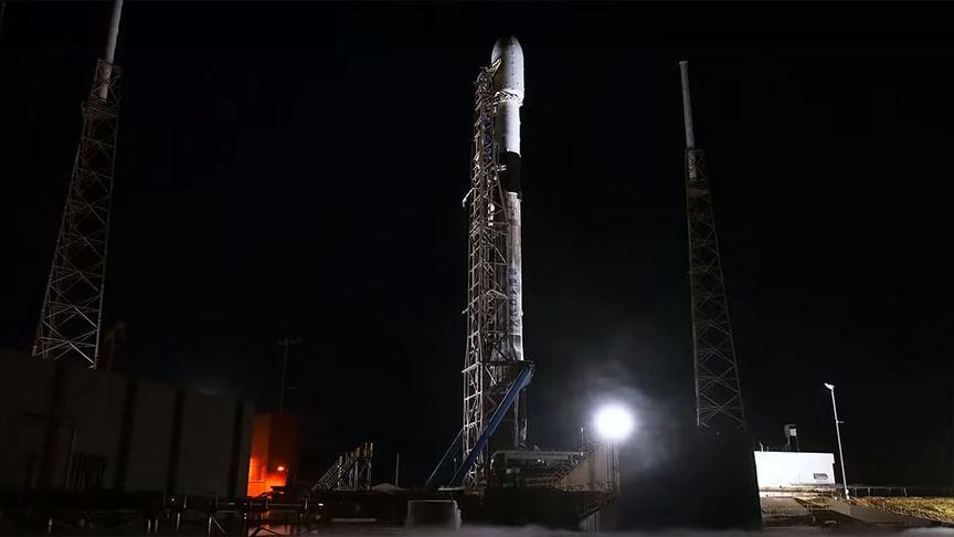 SpaceX uzaya 60 internet uydusu daha yolladı
