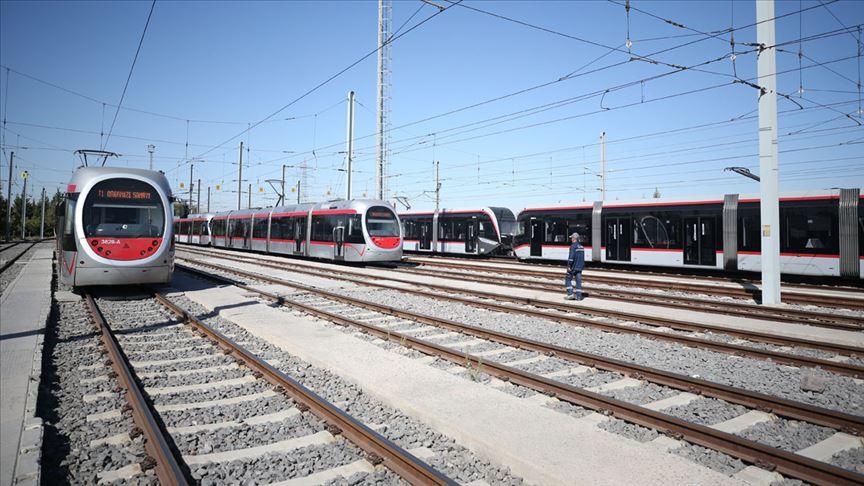 İzmir'de yeni tramvay hattına yeşil ışık
