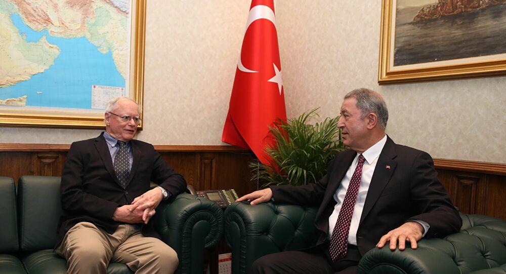 Milli Savunma Bakanı Akar, Jeffrey ve Satterfield ile görüştü