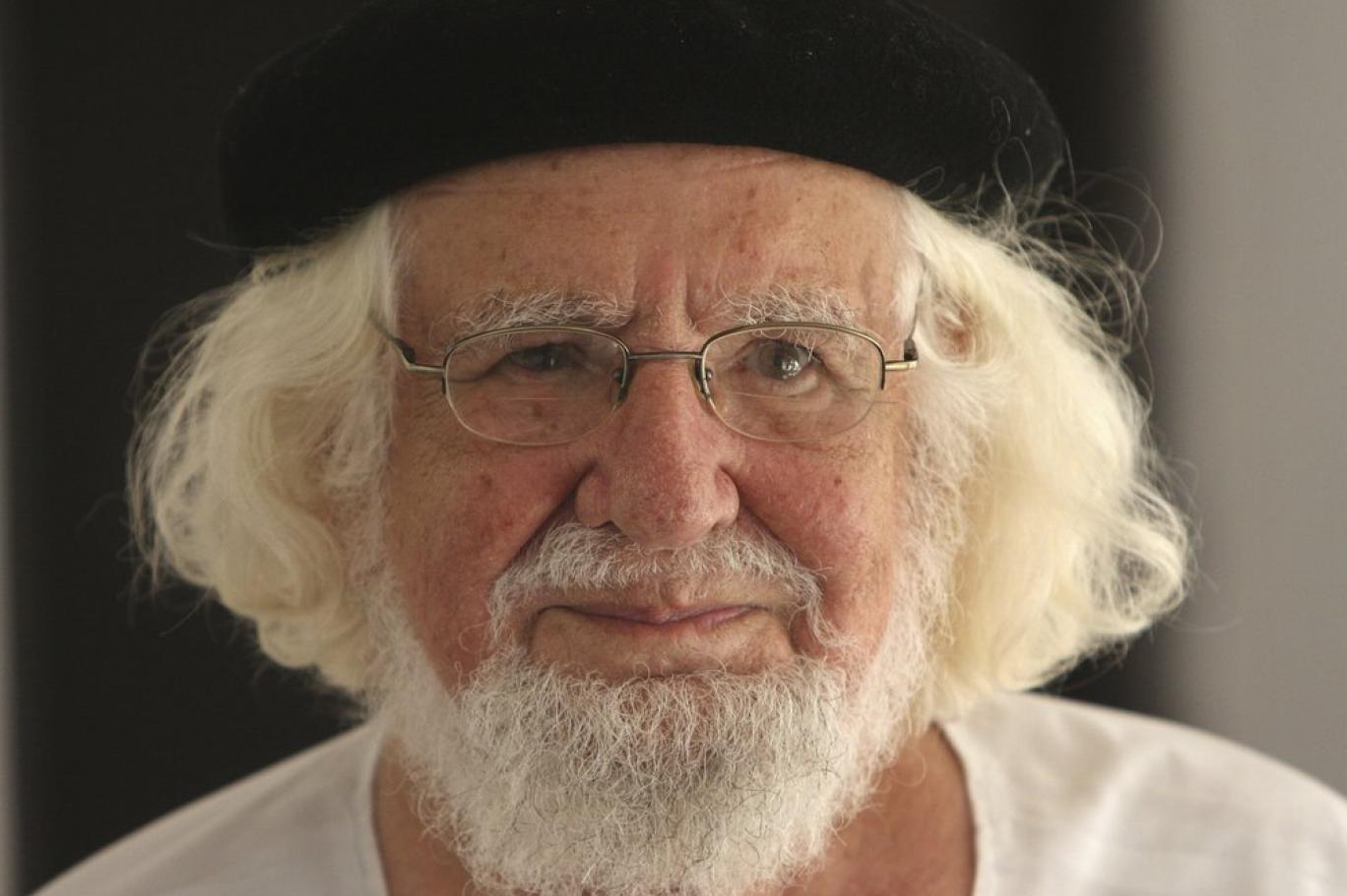 'Devrimci rahip' Ernesto Cardenal hayatını kaybetti