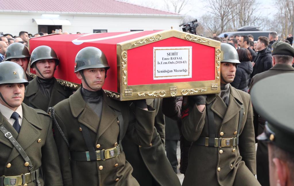 Başkan Gökhan Yüksel, Şehit Emre Baysal'ın cenaze törenine katıldı