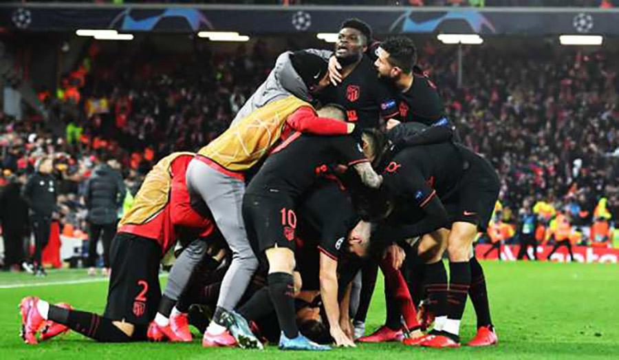Liverpool Anfield'da yıkıldı, PSG'ye 45 dakika yetti… İşte Şampiyonlar Ligi'nde gecenin sonuçları…