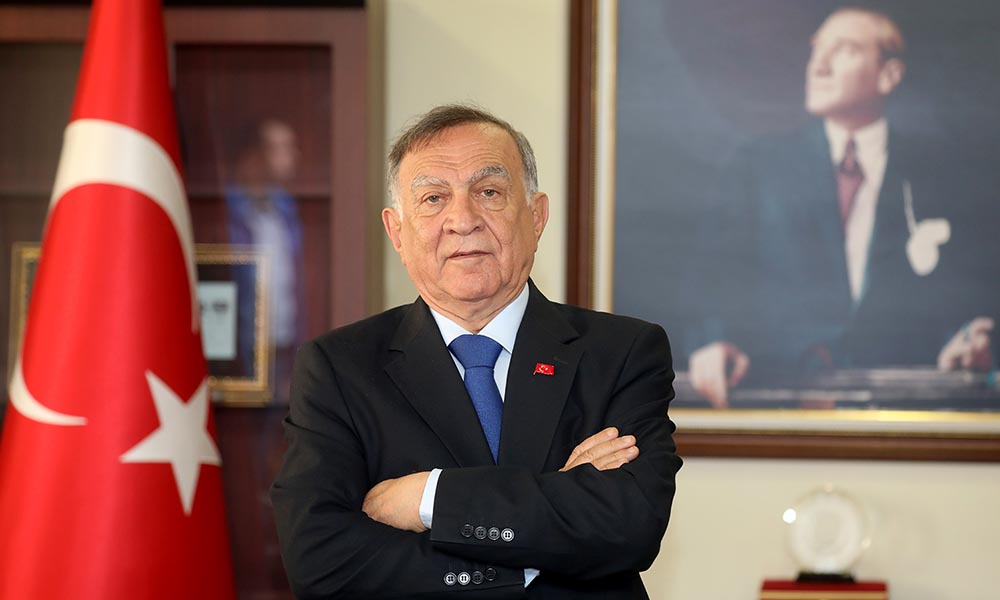 """""""Atatürk'le gururlandık, Zaferle onurlandık"""""""