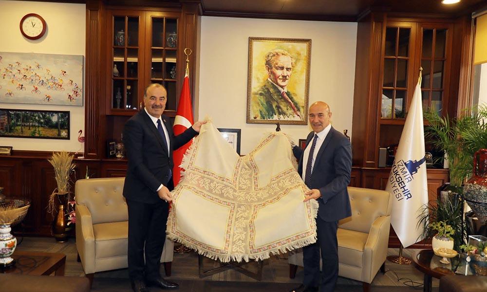 Başkan Türkyılmaz Tunç Soyer ile Cittaslow için buluştu