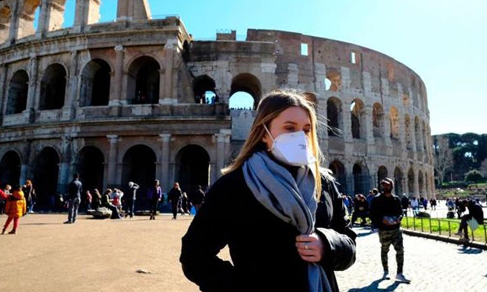 İtalya'da tüm okullar tatil edildi!
